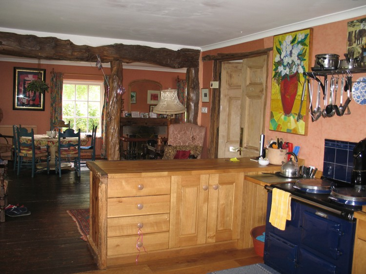Browns Barn kitchen, holiday home to let in Cornwall
