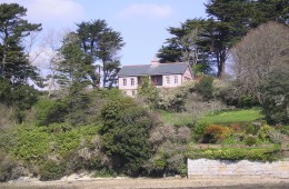 Lorelei holiday house to let Helford Passage Cornwall