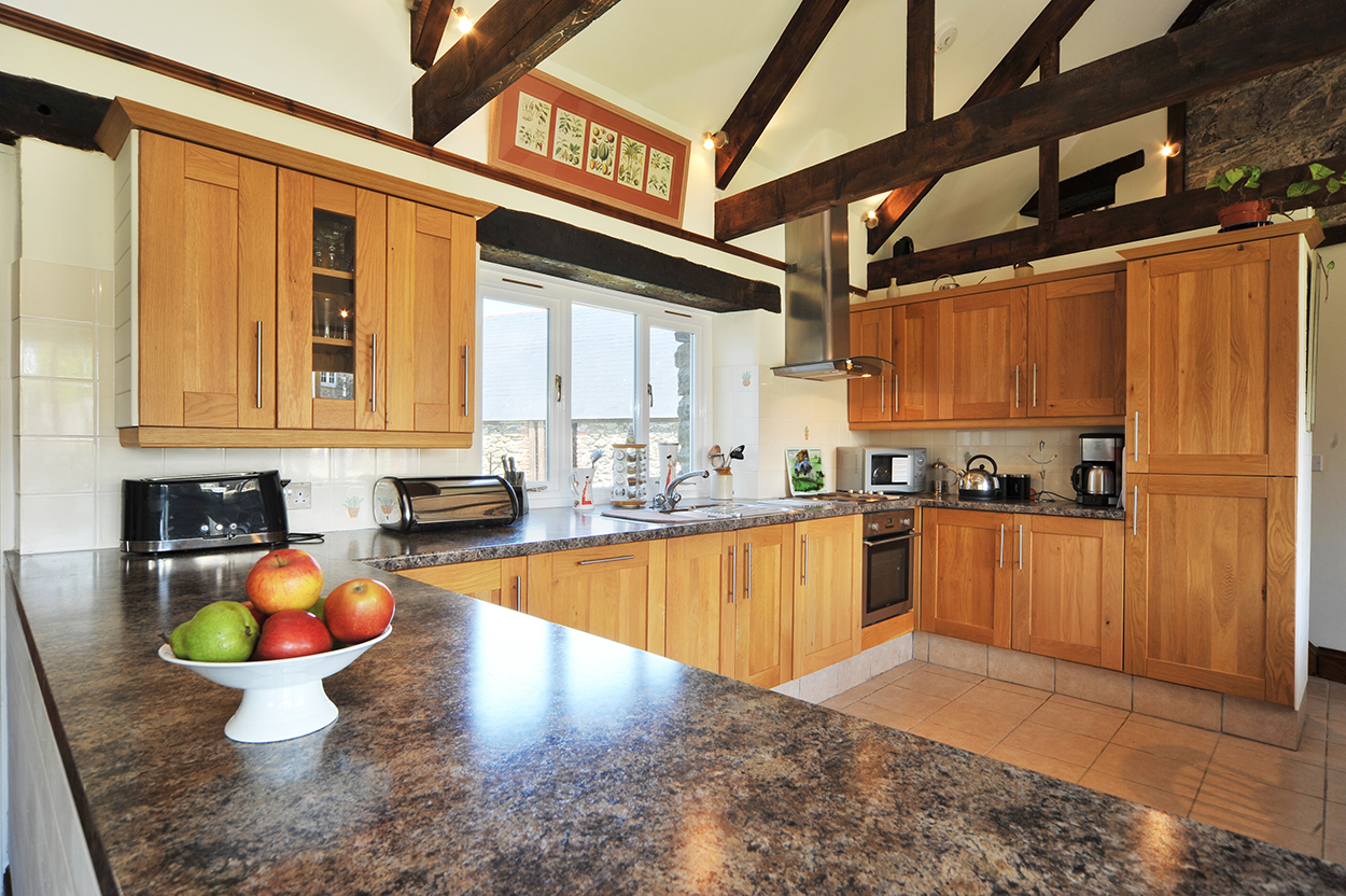 Waggon House holiday cottage lovely kitchen Cornwall