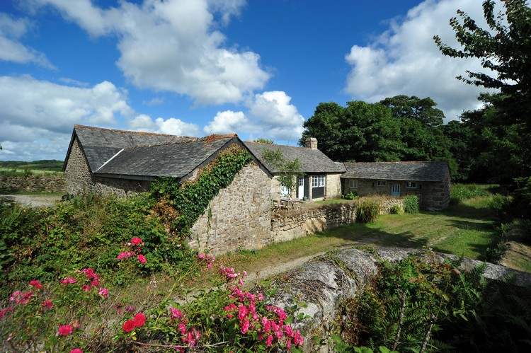 Bosbenna Holiday barn Falmouth Cornwall