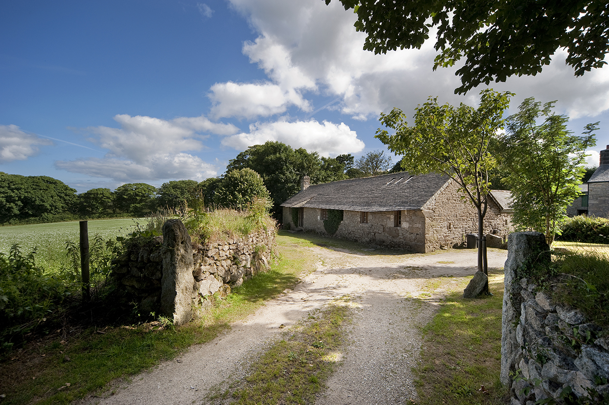 Bosbenna holiday barn near Falmouth Cornwall