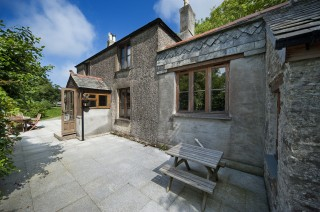 Holiday house to let Tintagel Cornwall