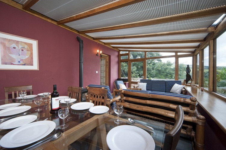 St Yse holiday home dining and living area