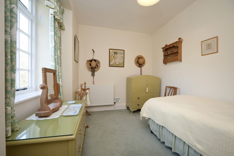 Polwartha holiday home bedroom