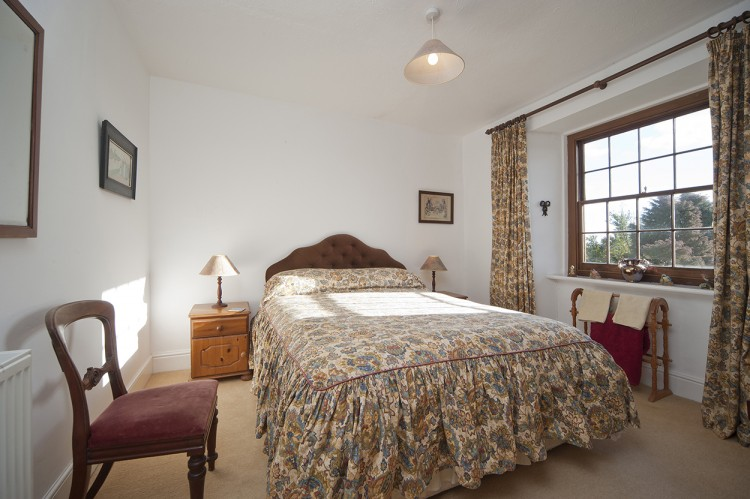 Polwartha Farmhouse holiday let double bedroom