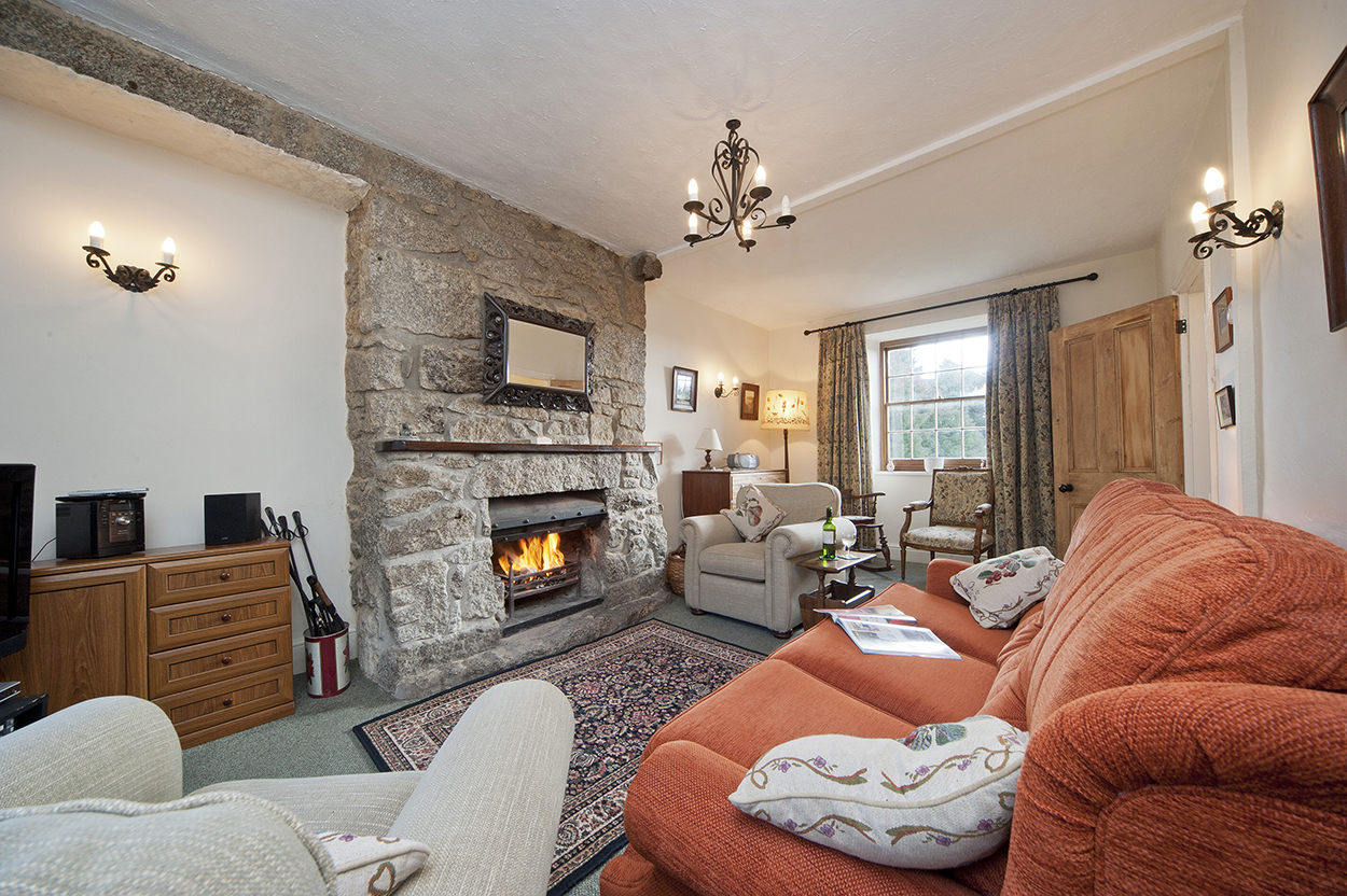 Polwartha Farmhouse holiday sitting room
