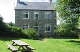 Polwartha Farmouse holiday home to rent Constantine Falmouth Cornwall