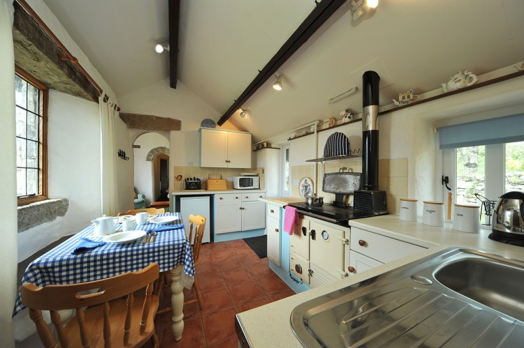 Colomiar holiday home kitchen