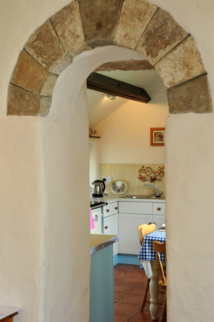 Lovely feature archway with stone