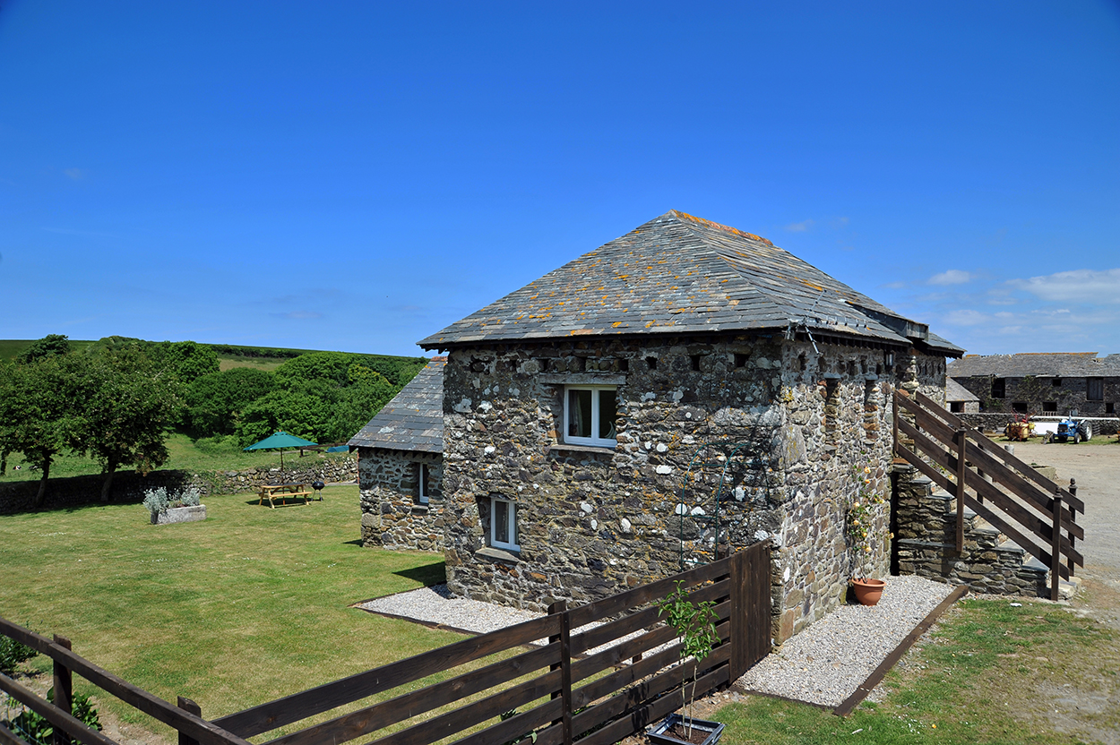 Holiday Cottages 6 Bedrooms Holiday Cottage Near Harlech