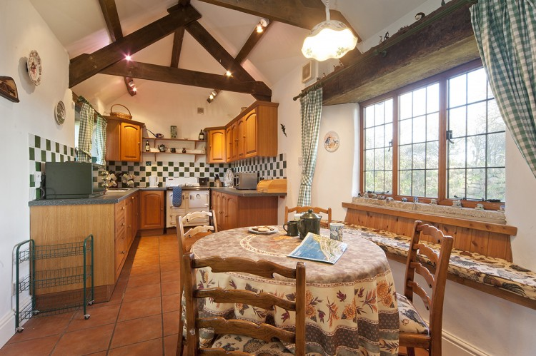 Badgers holiday home kitchen