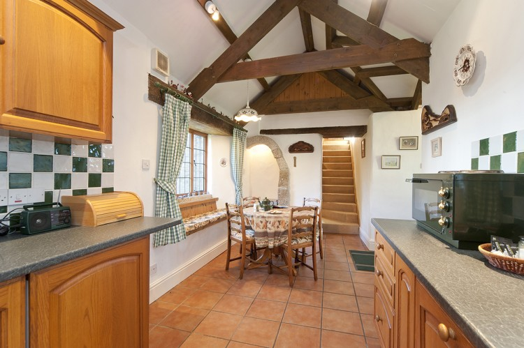 Badgers holiday home kitchen diner