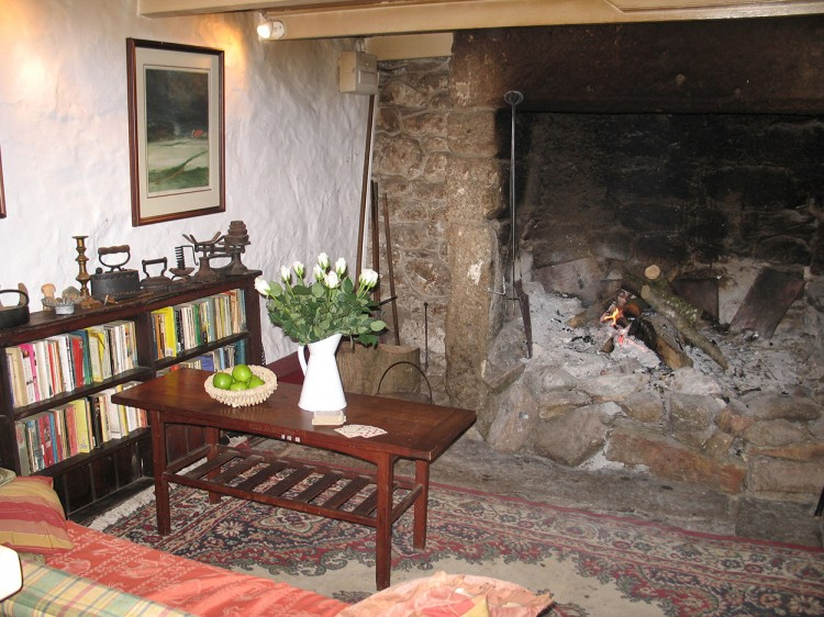 Sitting room and fireplace
