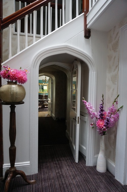 view to dining room from hallway